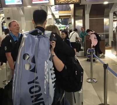 印尼賽》周天成機場巧遇主審 認了誤判向天哥道歉