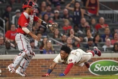 MLB》滑壘2次才得分? 勇士快腿「仆街」神跑壘(影音)