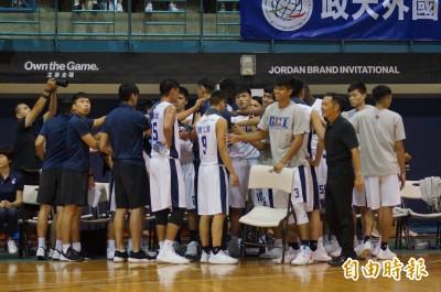 籃球》地主政大扳倒日本強隊 盼雄鷹盃成暑假標誌性賽事