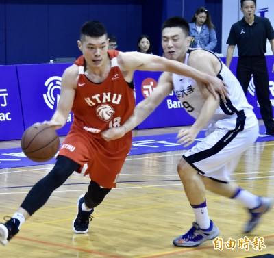 雄鷹盃》遭中國清大的神射手射歪 台師大29分之差屈居亞軍