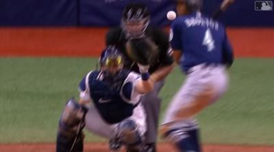 MLB》「眼前出現人生跑馬燈」 他險遭99英哩速球爆頭 (影音)