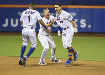 MLB》史卓曼受傷退場 大都會延長賽再見安擊敗印地安人