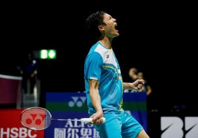 羽球世錦賽》台灣一哥周天成大戰3局拍落星國小將 4度躋身男單8強