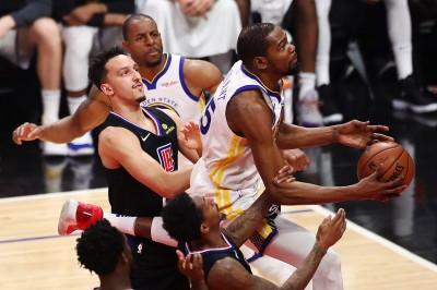 NBA》布克「包夾論」引熱議 前勇士老將爆料:KD曾因包夾生氣