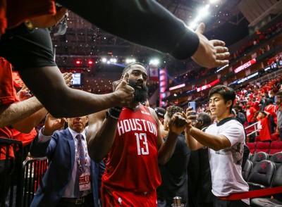 NBA》哈登捐款超過750萬 助休士頓重建籃球場