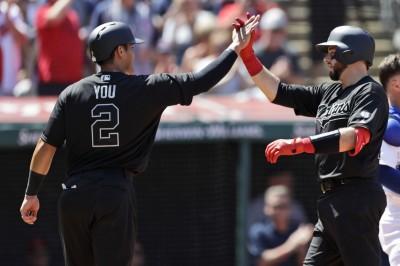 MLB》生涯首支三壘打僅花3場 張育成寫隊史近30年紀錄(影音)
