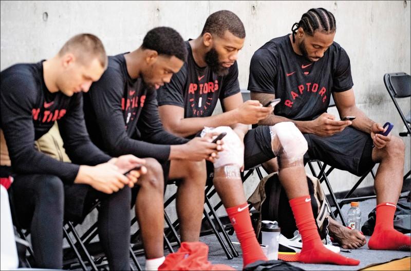 您有新訊息! 揭密NBA球員群組
