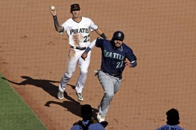 MLB》延長雙殺打進致勝分 水手橫掃海盜奪5連勝(影音)