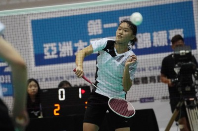 羽球》「資優生」許玟琪直落二封后 韓選手輸球藉口「未發揮實力」
