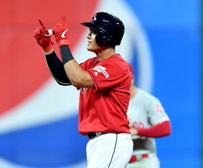 MLB》張育成揮長打、跑回1分 甩連11打數無安低潮