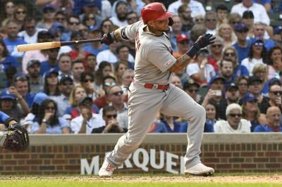 MLB》小熊單局連3保送誤事 老將莫里納敲致勝安