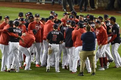 國民橫掃紅雀隊史首度前進世界大賽 今日MLB戰績