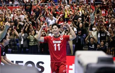 排球》決勝局對加拿大狂飆5記ACE!日本19歲怪物震撼世界(影音)
