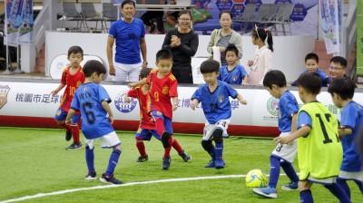 足球》一日全國三地開踢  幼兒足球正夯