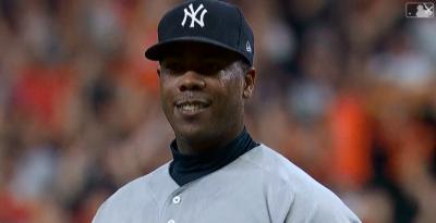 MLB》挨轟瞬間笑容意味深長 查普曼:完全不敢置信