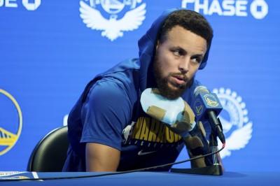 NBA》手傷導致整季報銷?柯瑞親自出面說明