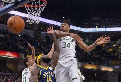 NBA》「字母哥」砍26分、抓13籃板 助公鹿大勝溜馬