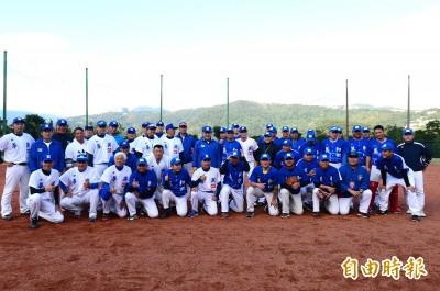 棒球》請出大學長郭源治先發 華興OB仍不敵美和OB