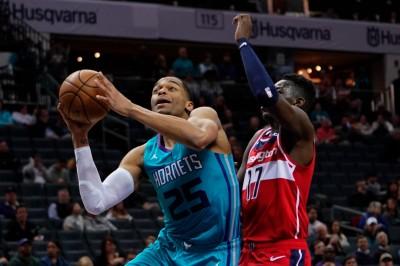 NBA》3連勝黃蜂傳噩耗 陣中主力新秀手指骨折