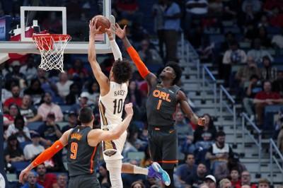 NBA》魔術飆18顆三分彈寫新高 鵜鶘吞隊史最糟12連敗
