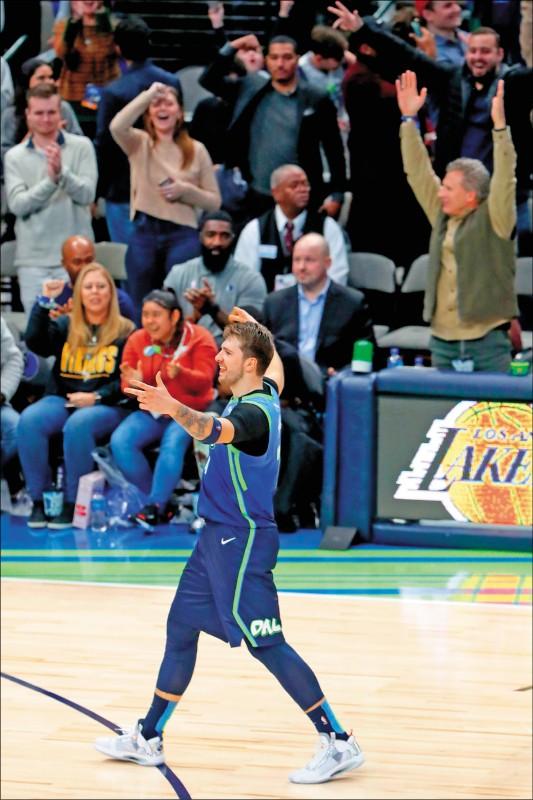 NBA》決戰外線 東契奇連炸8球轟新高