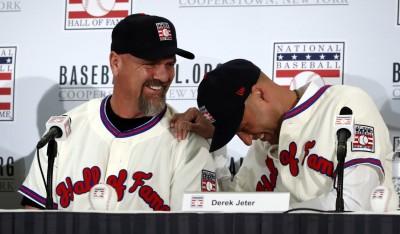 MLB》沃克自嘲穿海綿寶寶襯衫受訪 基特幽默回應逗笑全場(影音)