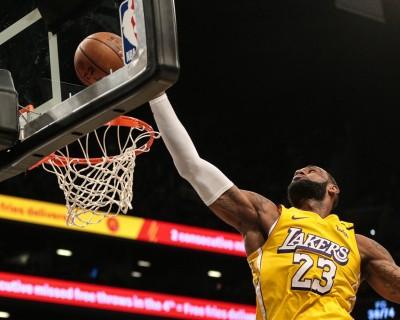 詹皇本季第10次大三元破籃網 今日NBA戰績