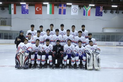 冰球》「帽子戲法」獲最佳球員成台灣之光 旅外混血雙帥接棒國家隊