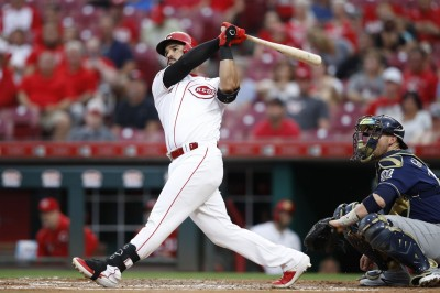MLB》紅人49轟重砲離奇受傷 恐影響開季