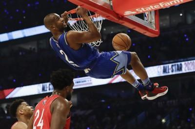 NBA》你沒看錯!「CP3」起飛接力霸氣爆扣  嗨翻全場(影音)