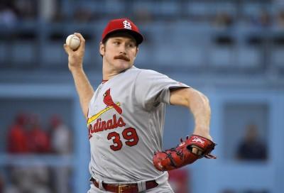 MLB》紅雀前勝投王春訓肘痛 再度跳過牛棚練投