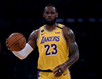 NBA》詹姆斯飆32分+AD狂搧7火鍋 湖人氣走灰熊收4連勝