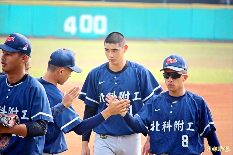 高中木棒聯賽》保護他到最後一戰 陳柏毓感謝總教練
