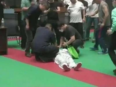格鬥》對手從70歲變49歲  中國太極大師慘敗原因曝光