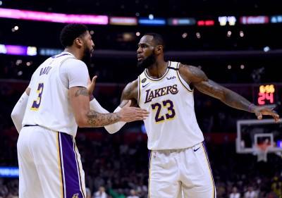 NBA》靠詹皇+AD不足以奪冠? 「聖堂射手」分析角色球員重要性
