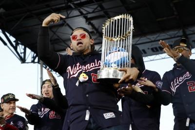 MLB》國民「鯊魚寶寶」成經典 被刻上冠軍戒永流傳