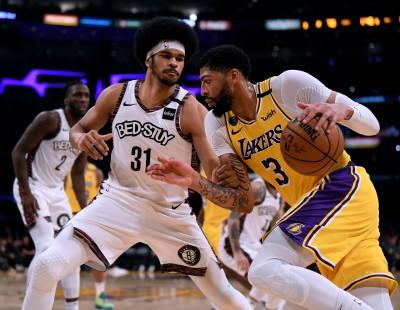 NBA》公鹿對魔術、湖人戰籃網? 美媒爆聯盟傾向季後賽新制