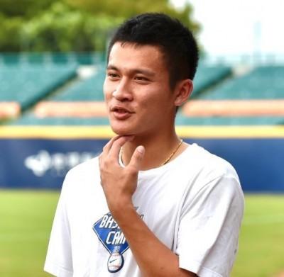 中職》史上首度彰化內戰  場邊記球速是U18冠軍國手
