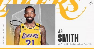 NBA》讚JR史密斯看慣大場面!湖人主帥曝簽下他的原因