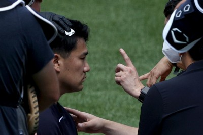 MLB》遭強襲球「爆頭」倒地 田中將大發文報平安