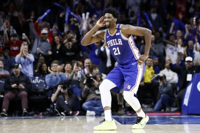 NBA》防疫做得滴水不漏!恩比德身穿全套防護衣現身