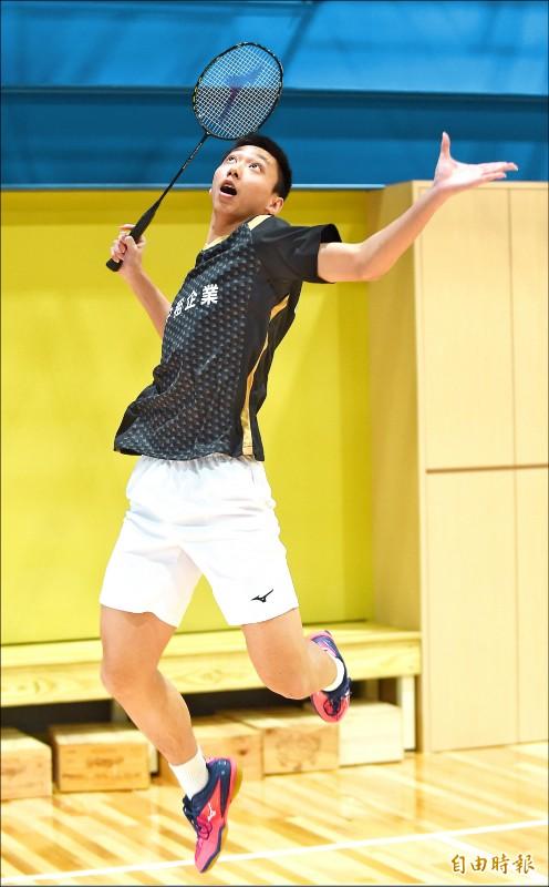 全國羽球團體賽》17歲廖倬甫 氣走34歲老將薛軒億
