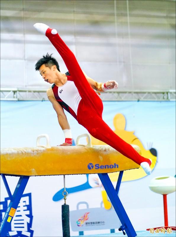模擬東京奧運對抗賽》在家比 兩度落馬 李智凱都被看到啦