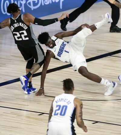 NBA》衰!魔術隊大鎖一年兩度大傷 左膝前十字韌帶撕裂