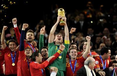 足球》傳奇退役!西班牙最強門神卡西亞斯正式告別球場
