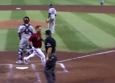 MLB》這算什麼全壘打?神秘反彈讓太空人外野群崩潰(影音)
