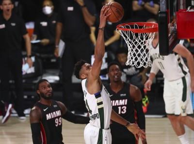 NBA》字母哥轟33分12籃板 公鹿逆襲熱火穩坐聯盟龍頭