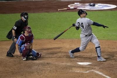 MLB》開季打擊低迷終開轟     洋基強打捕手吐心聲