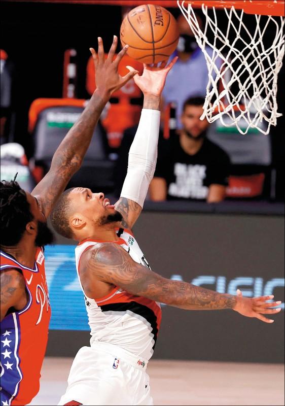 NBA》里拉德飆51分 拓荒者搶「加」班