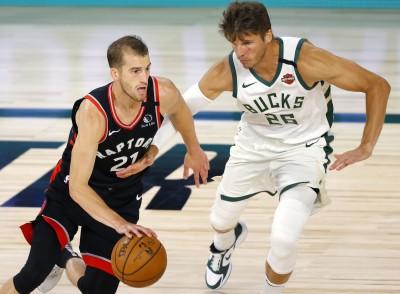 NBA》東冠對決提前上演 暴龍末節險遭公鹿翻盤